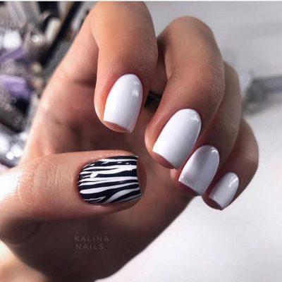 Белый маникюр зебра с черным