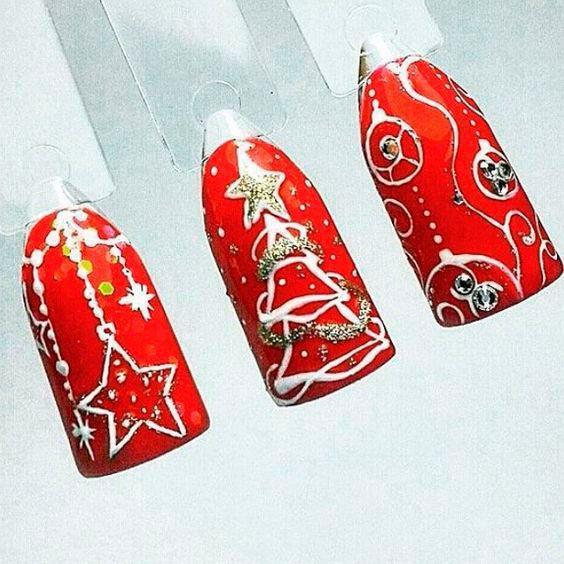 Красный дизайн на макетах к новому году