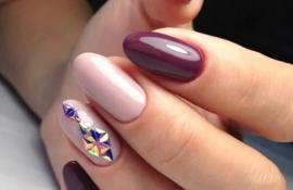 Фиалковое настроение: лиловый, фиолетовый, лавандовый маникюр во всей красе