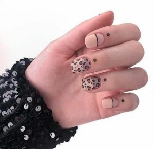 19 самых горячих идей матового маникюра для коротких ногтей