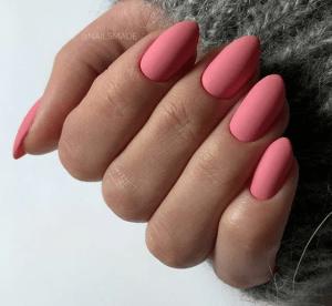 Простые миндальные ногти для вашего идеального маникюра!