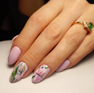 Дизайн ногтей с цветами: лучшие фото новинки 2020 года