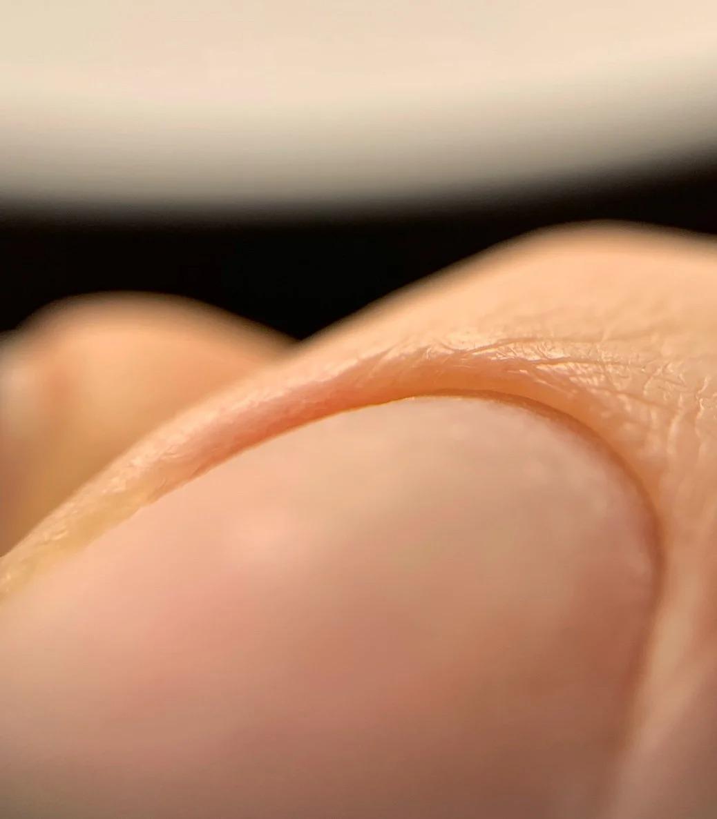 Как сделать свои ногти крепкими и красивыми?