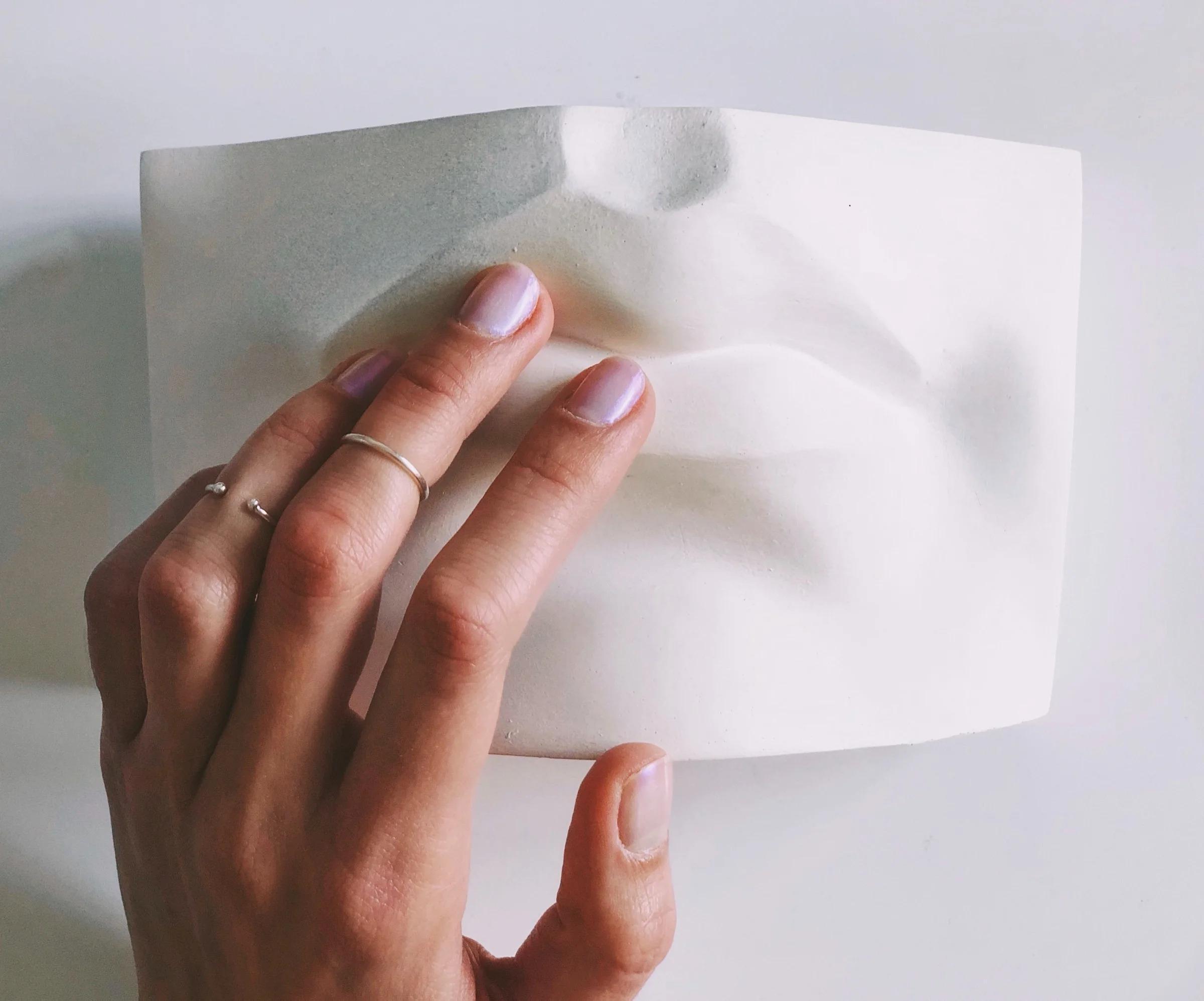 Как снять шеллак и ухаживать за руками в домашних условиях