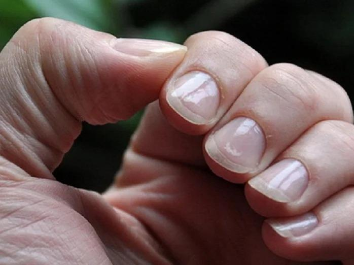Маленькие приемы, как сделать широкие ногти визуально уже и изящнее – советы от мастера