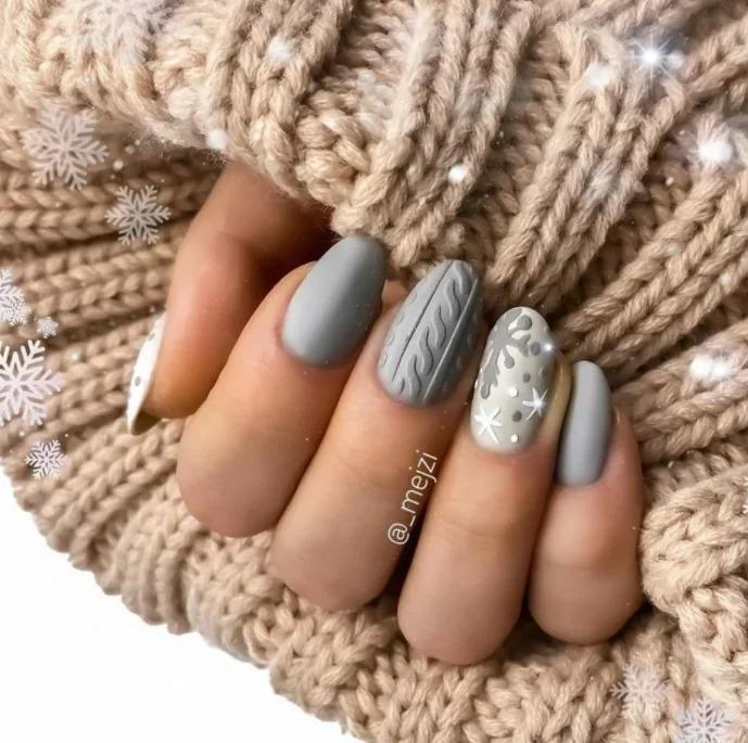 Маникюр осень-зима 2020-2021 на короткие ногти, актуальный сегодня, фото.