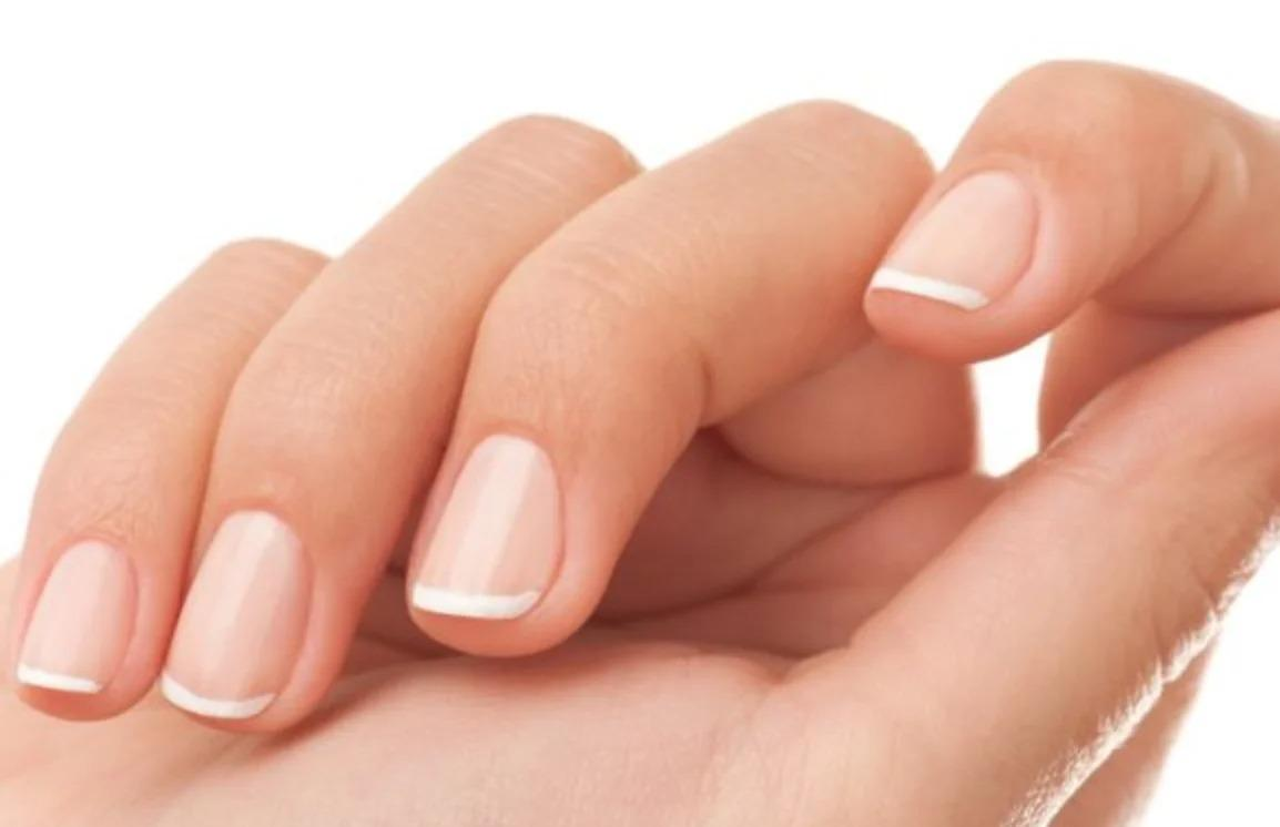 Как сделать ногти блестящими и крепкими без лаков и прочей химии