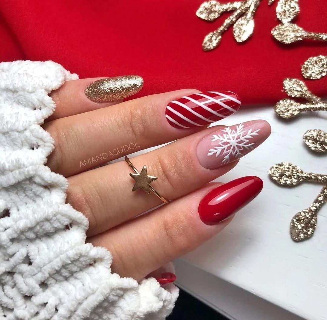 Модный маникюр декабря, красивые идеи, стильные дизайны, разные оттенки, фото.