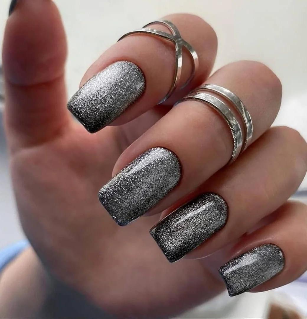 Идеи ногтей: Красивые дизайны, нежный и яркий маникюр, разные зимние оттенки, подборка фото 2021.