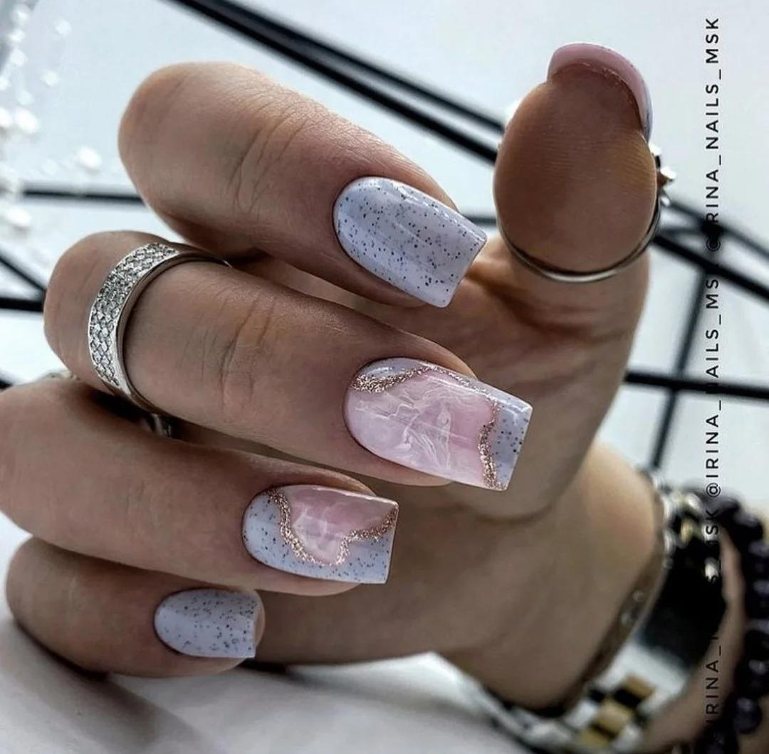 Подборка модного маникюра на февраль. Идеи ногтей, гельлака, стильные дизайны, оттенки, фото 2021.