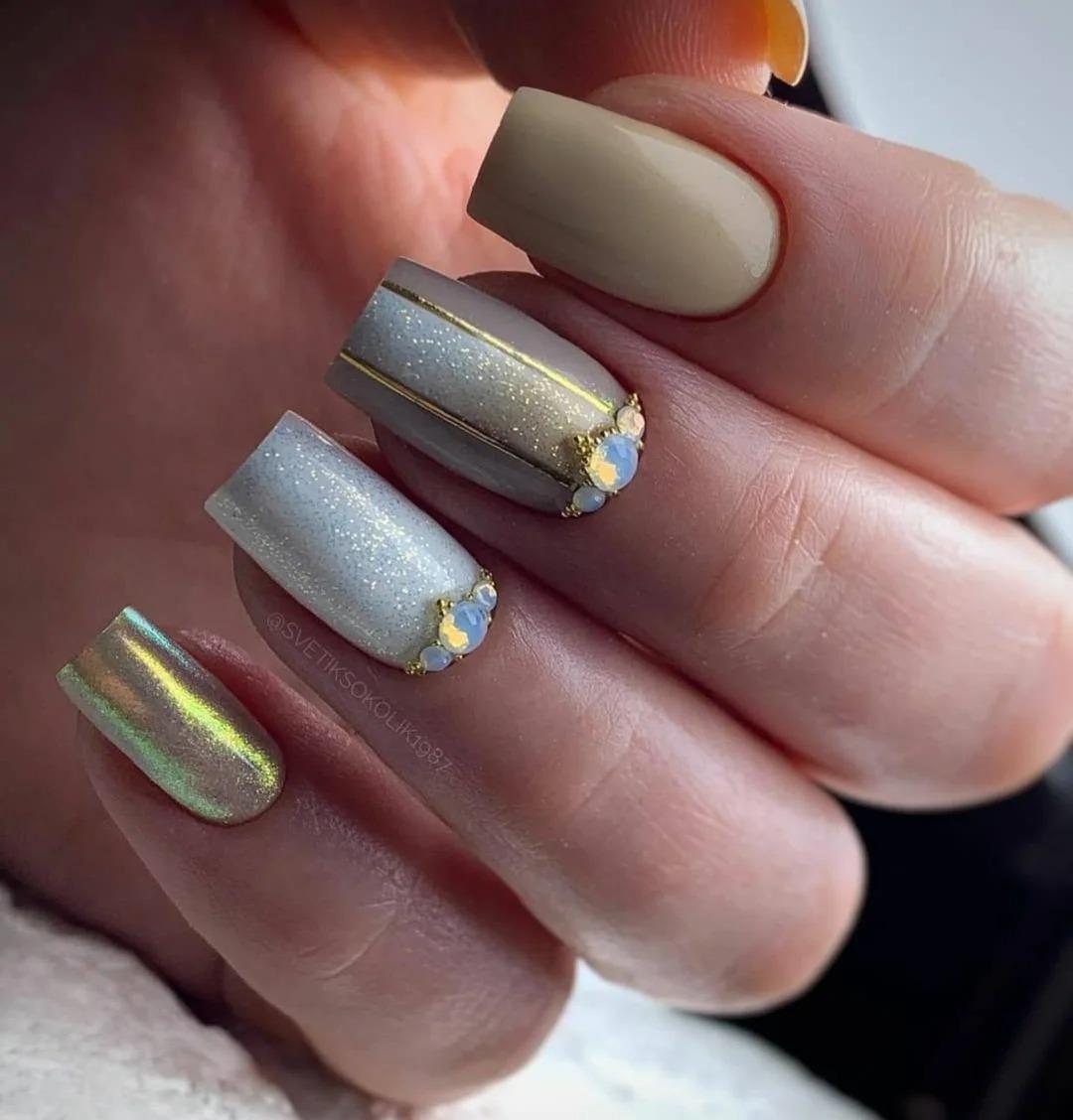 Подборка модного маникюра на февраль. Стильные дизайны, идеи ногтей, фото 2021.