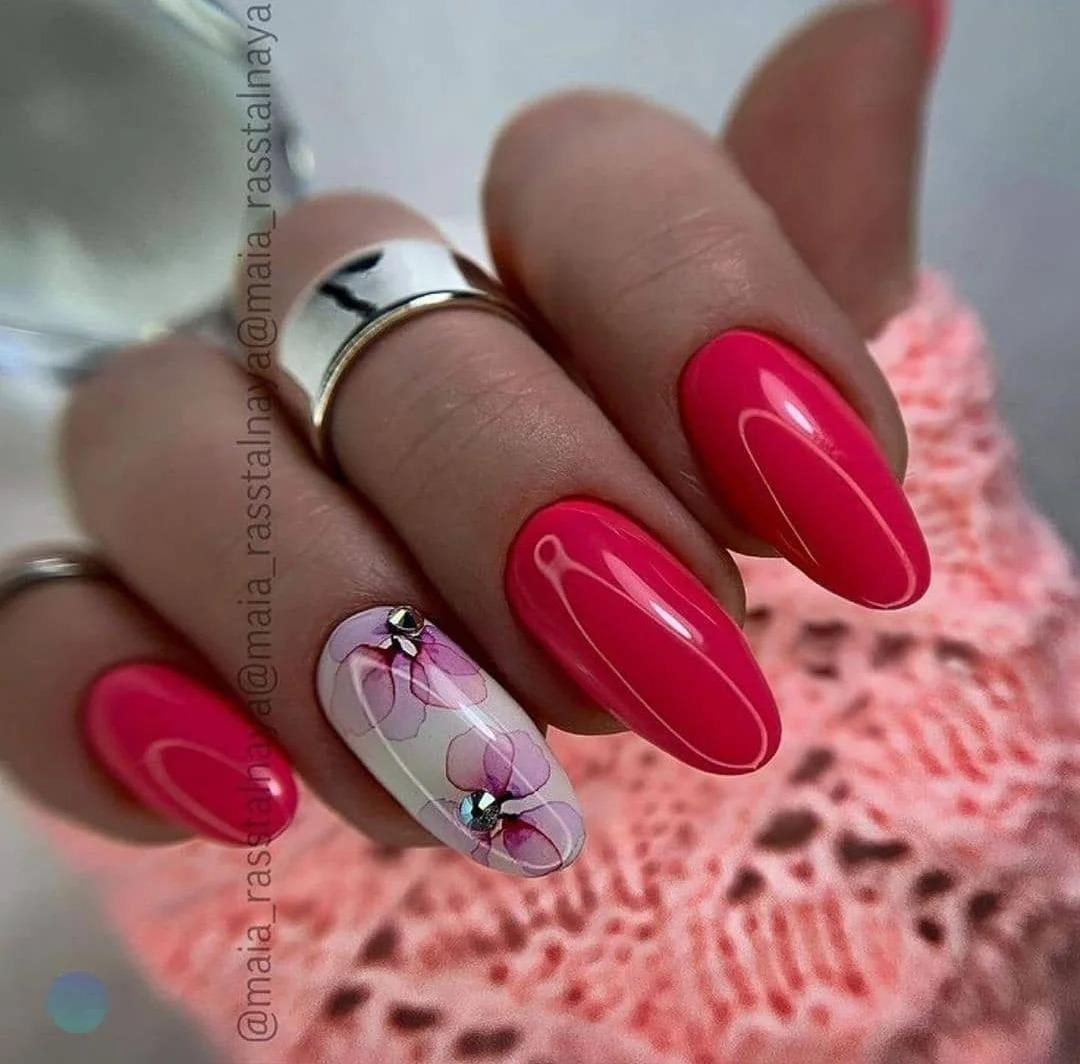 Маникюр весна: Модные идеи, дизайны ногтей, стильные оттенки, которые актуальны на сегодня. Подборка фото 2021.