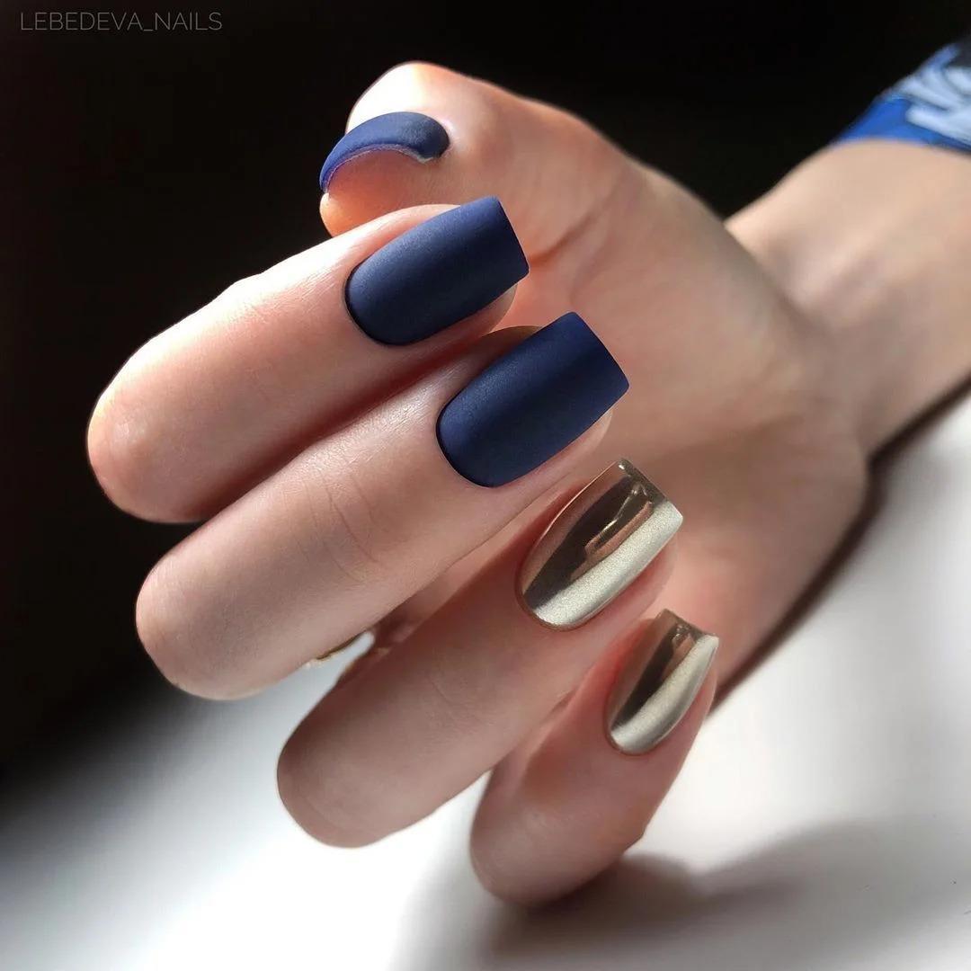 Электрический синий маникюр: 25 фото ярких ногтей
