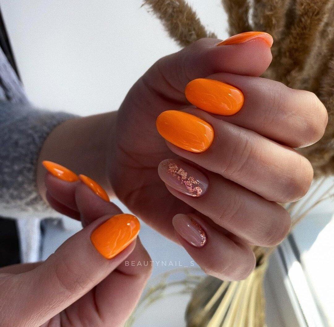 Маникюр лето 2021 тренды: Жёлтый цвет, оранжевый, голубой. Самые летние оттенки, идеи дизайна, обзор фото.