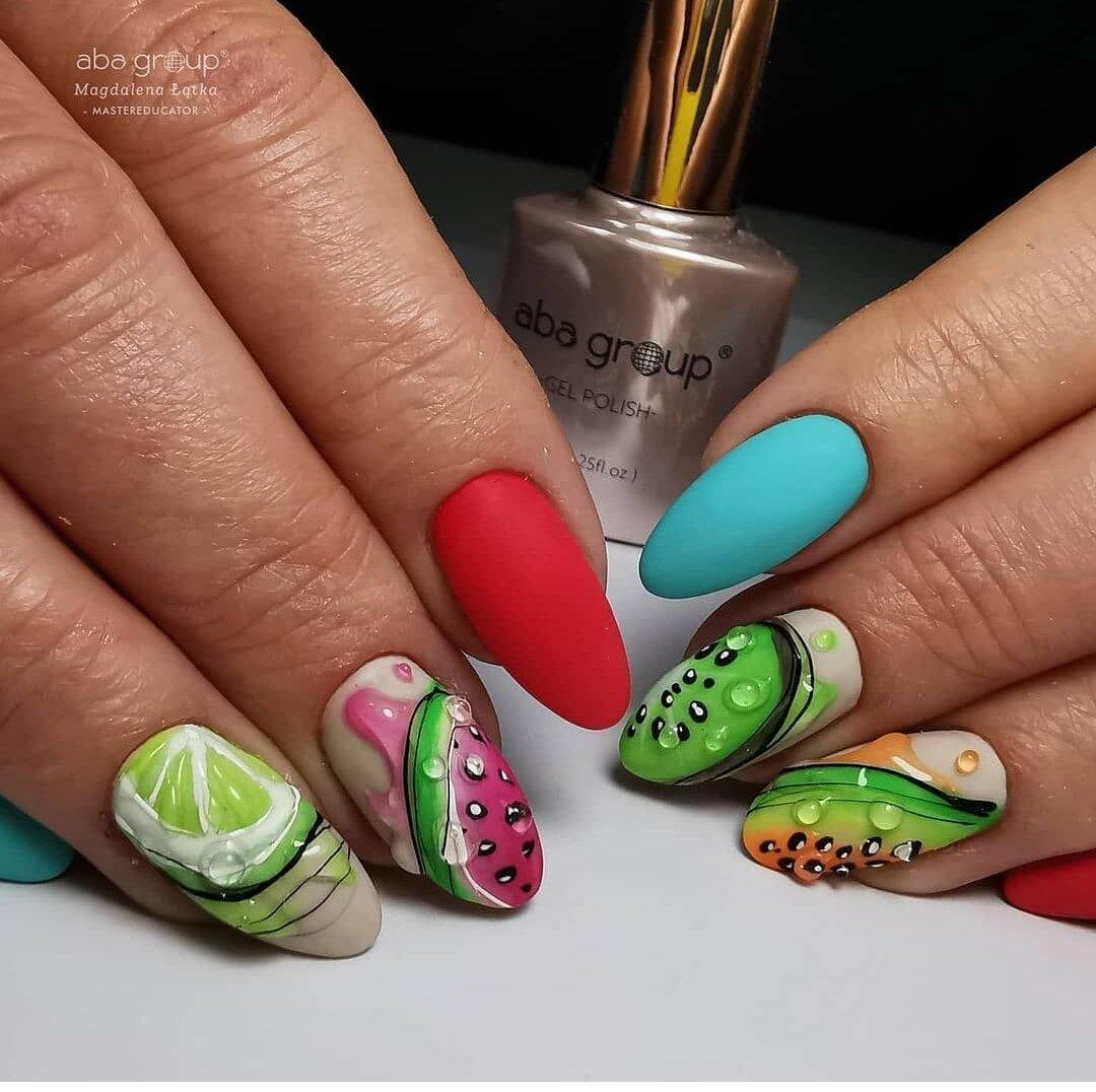 Самый актуальный маникюр на сегодняшний день. Идеи дизайна, красивые ногти, яркие тона. Подборка фото.