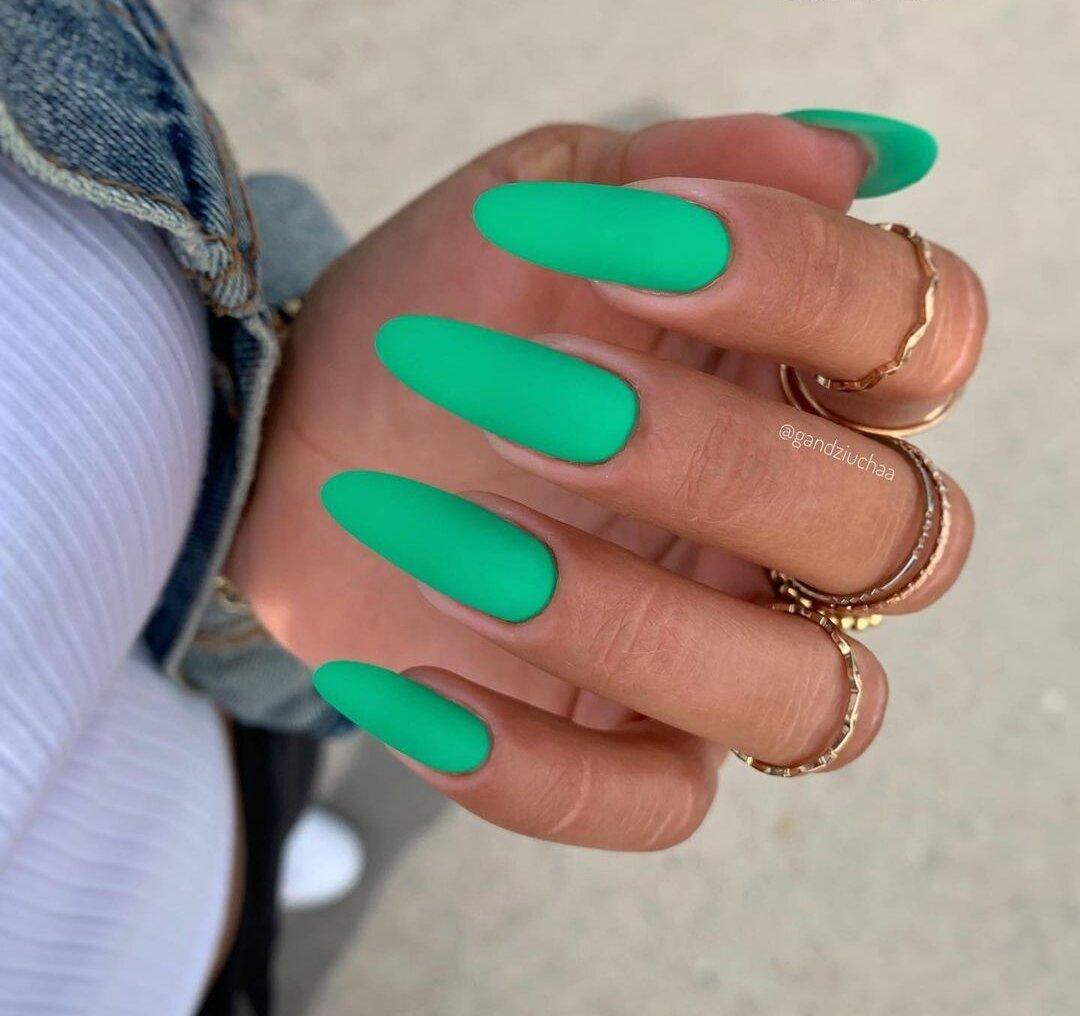 Маникюр на Июль: Идеи на длинные ногти, красочные оттенки, новинки, красивые дизайны. Фото, лето 2021.